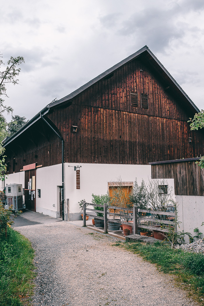 Ein Bauernhof außerhalb von dem Stadtkern Luzern