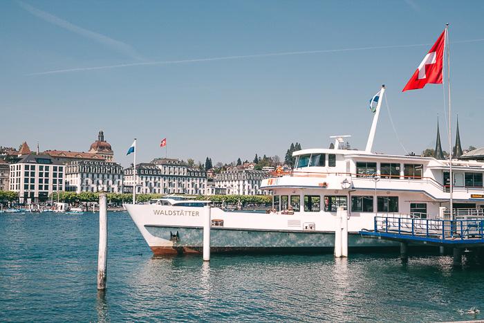 Schweizer Dampfer auf dem Vierwalstättersee