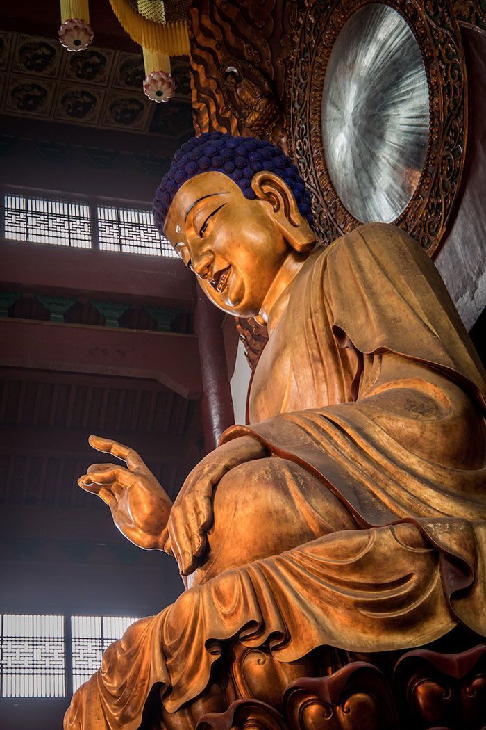 Shakyamuni Buddha im Lingyin Tempel Hangzhou