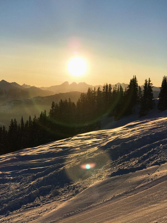 Sonnenaufgang Skigebiet Laax