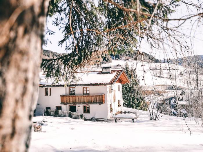 chalet hafling im winter