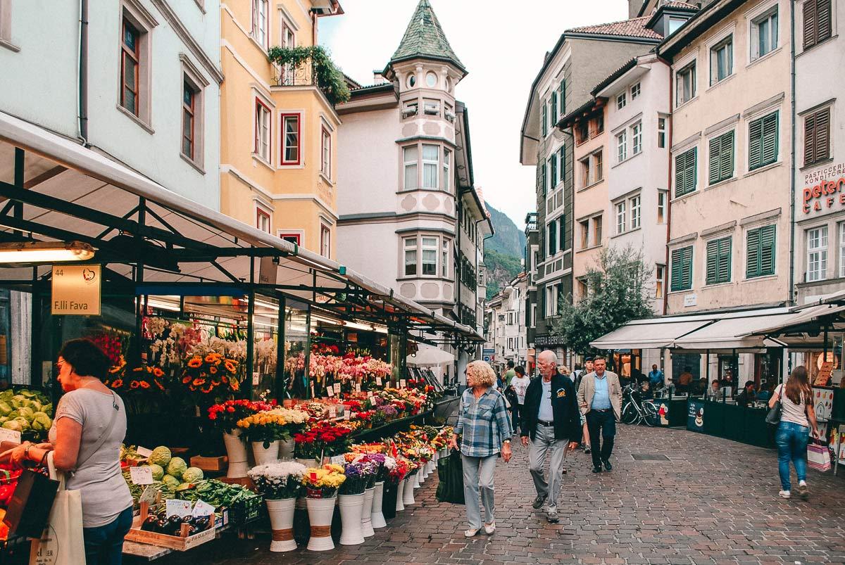 Obstplatz in Südtirol