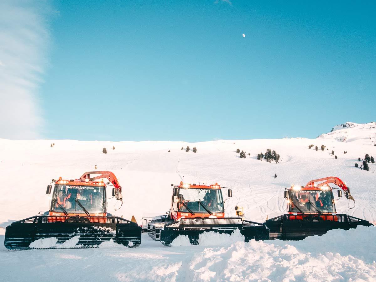 Pistenraupen Skigebiet Hochzeiger