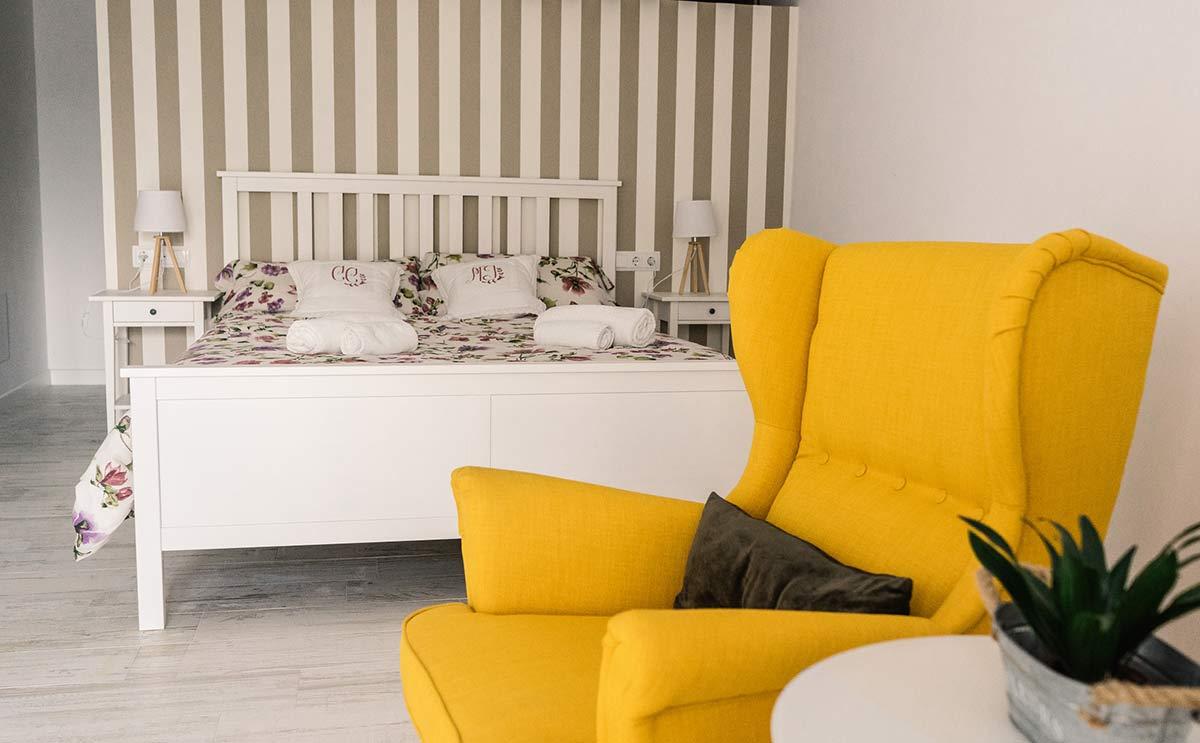 schlafzimmer costix ferienwohnung