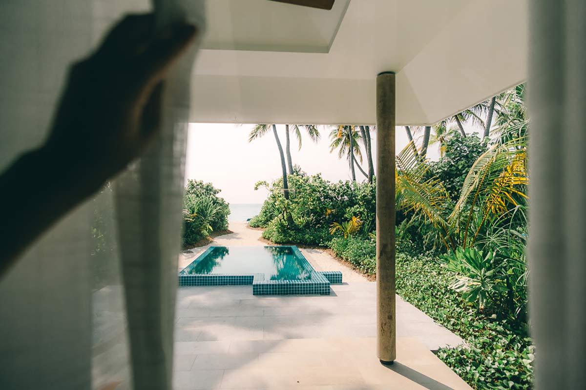 Blick auf den Pool Kandima