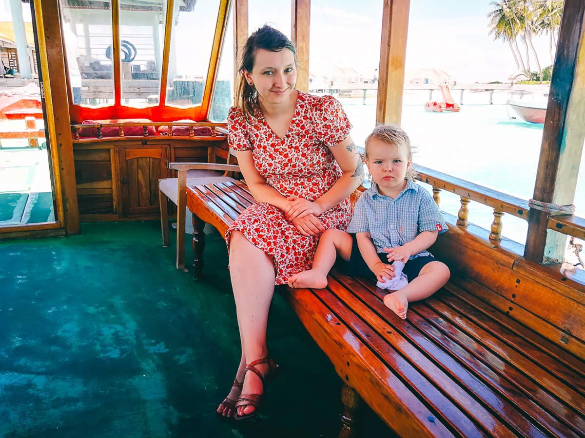 Pia Winter und Sohn Boot