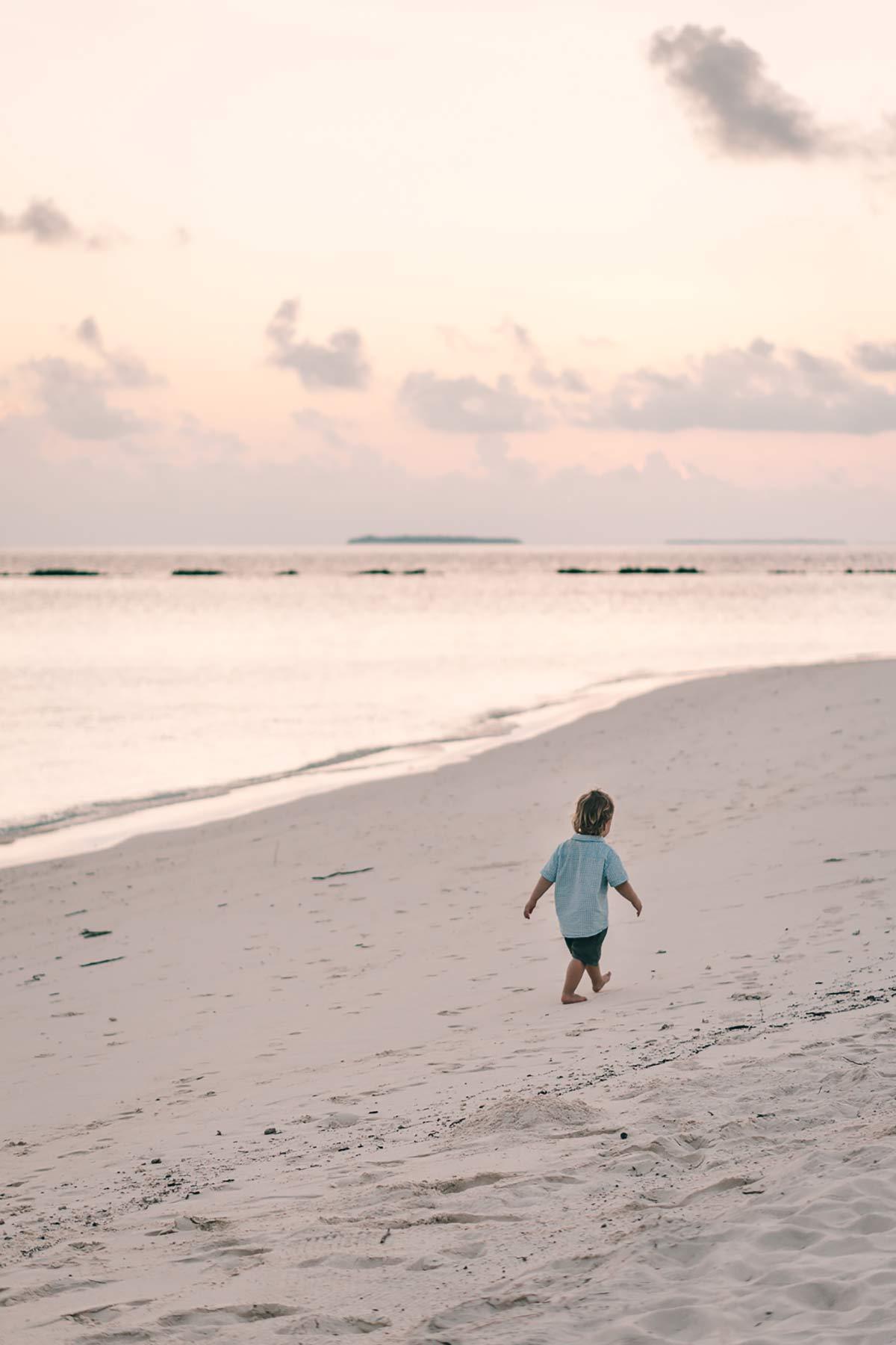 Strandspaziergang Malediven