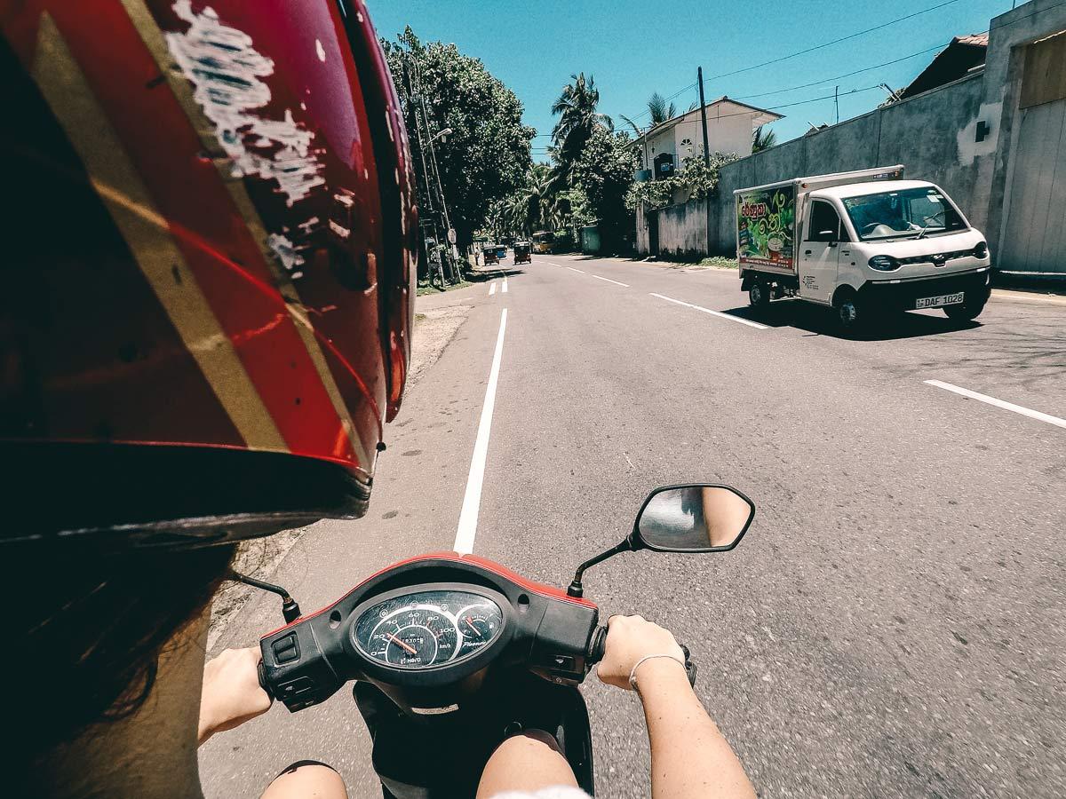 Rollerfahren Sri Lanka Rundreise