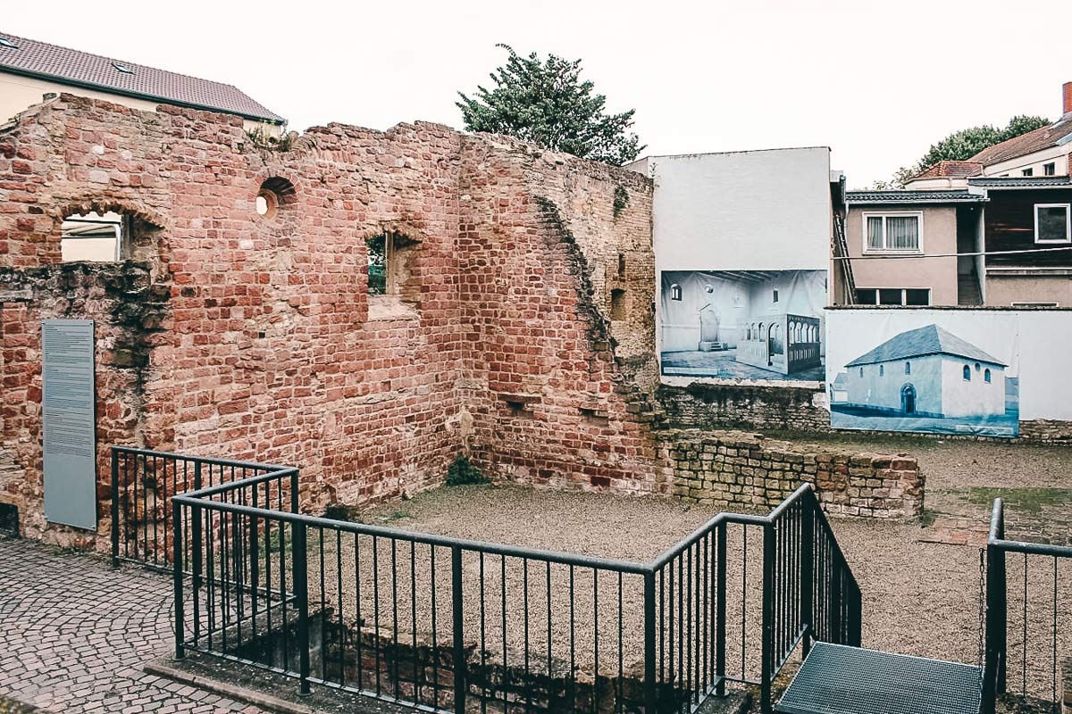 Ruine Synagoge