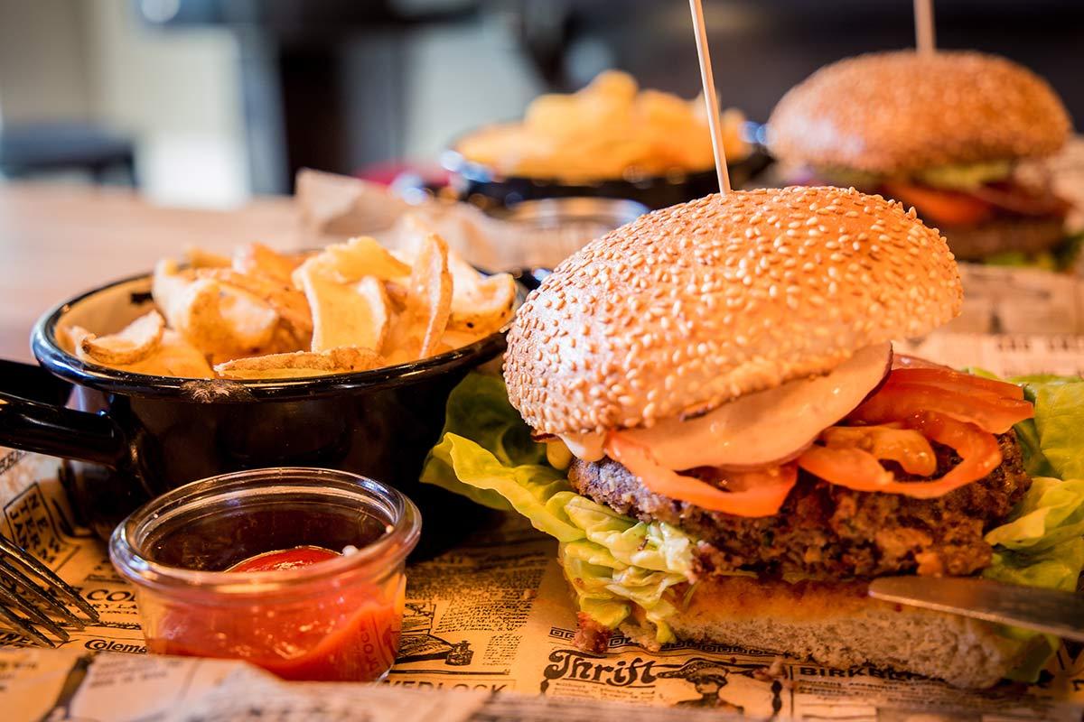 Burger im Dolden Mädel Binz