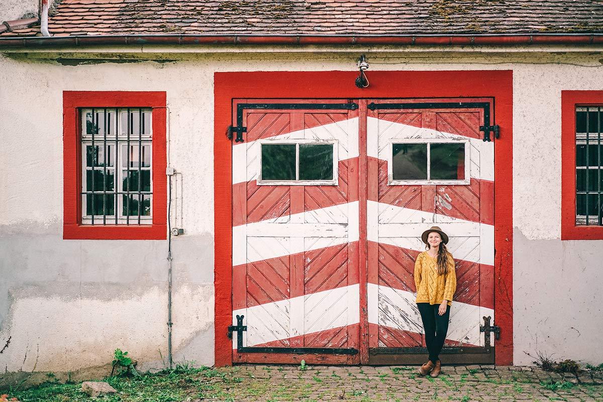 Christine Neder am Schloss Westerhaus Ingelheim