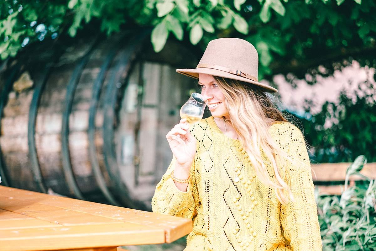 Christine Neder bei der Weinbar Sonnenhof Schuck