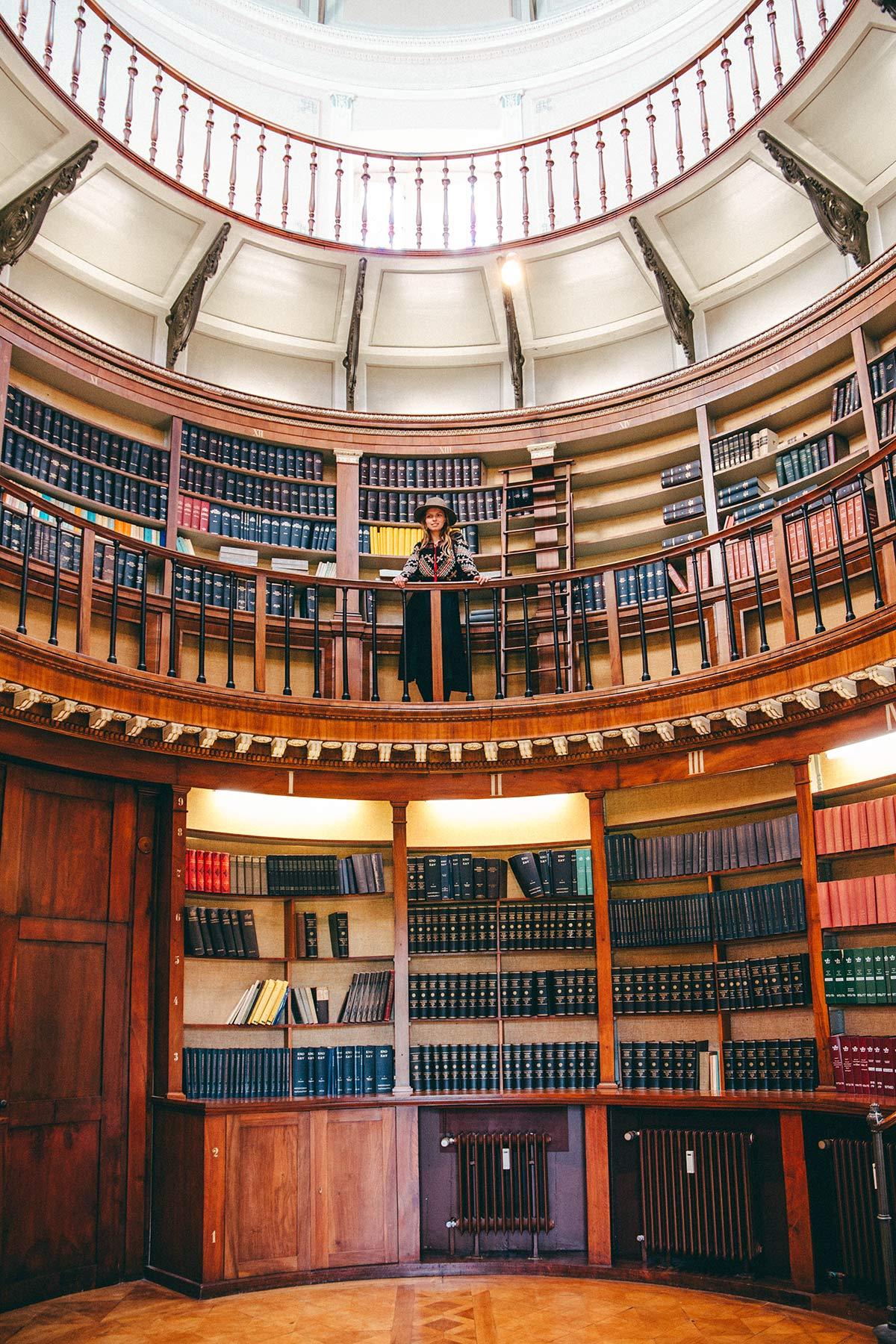 Christine Neder Bibliothek Schloss Herrnsheim Worms