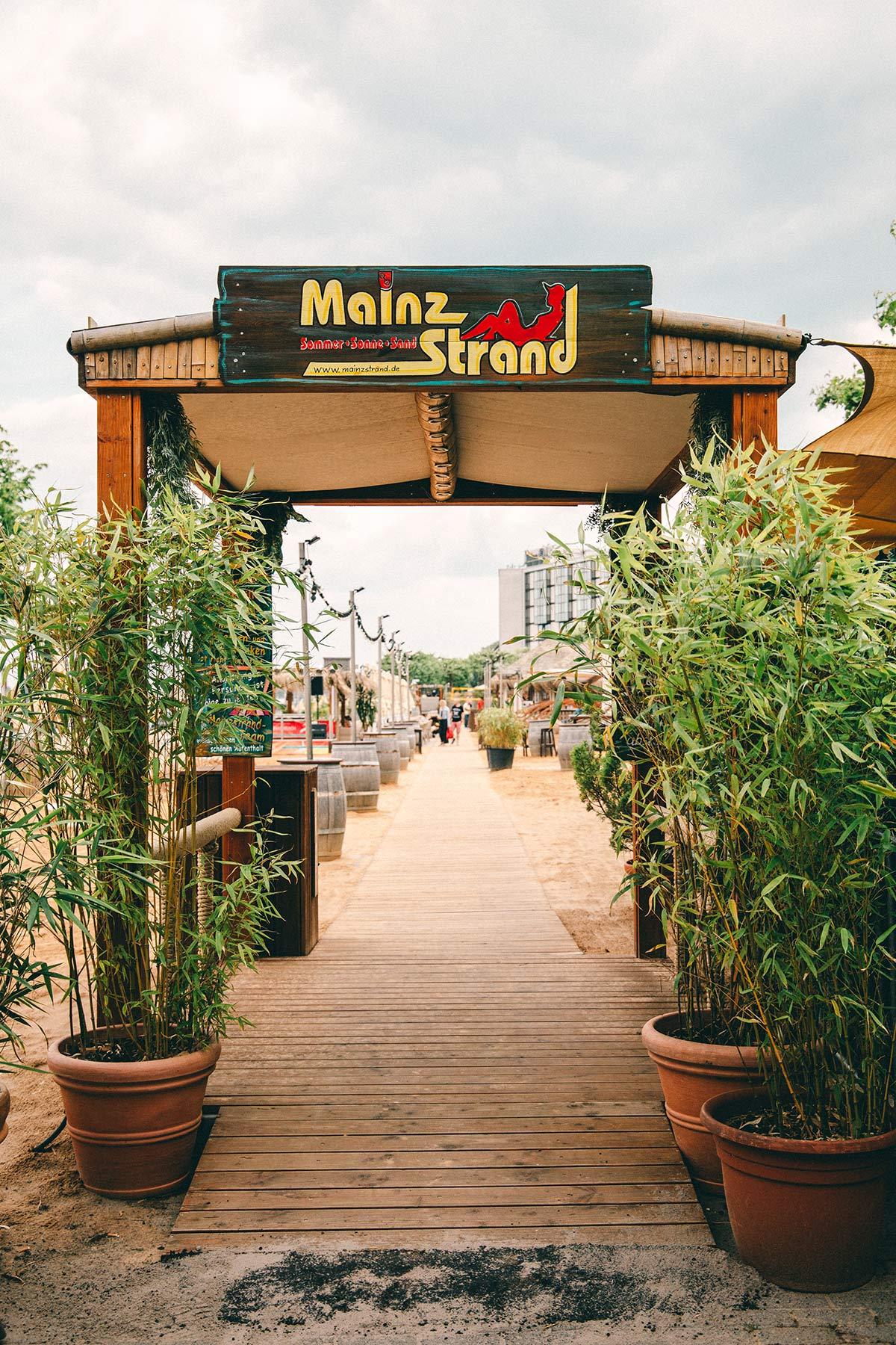Mainz Strand Eingang