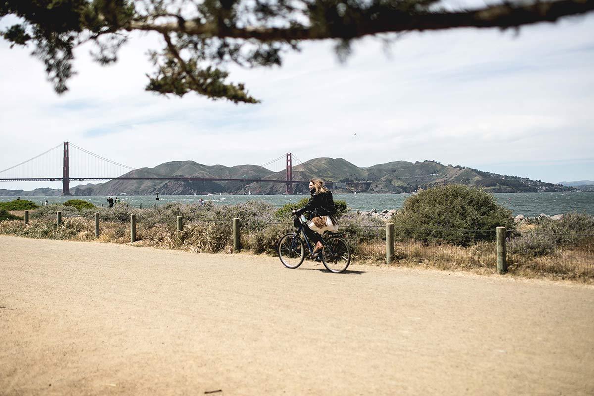 Fahrrad fahren zur Golden Gate Bridge