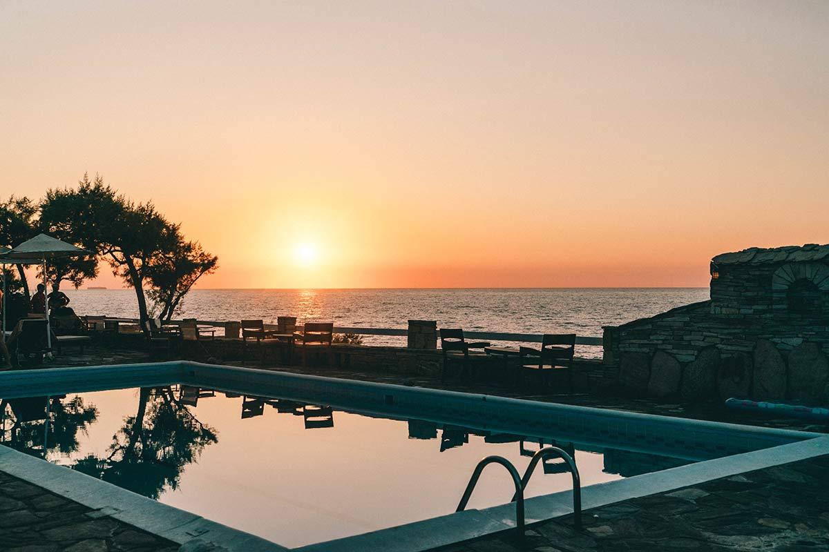 Sonnenuntergang Pool