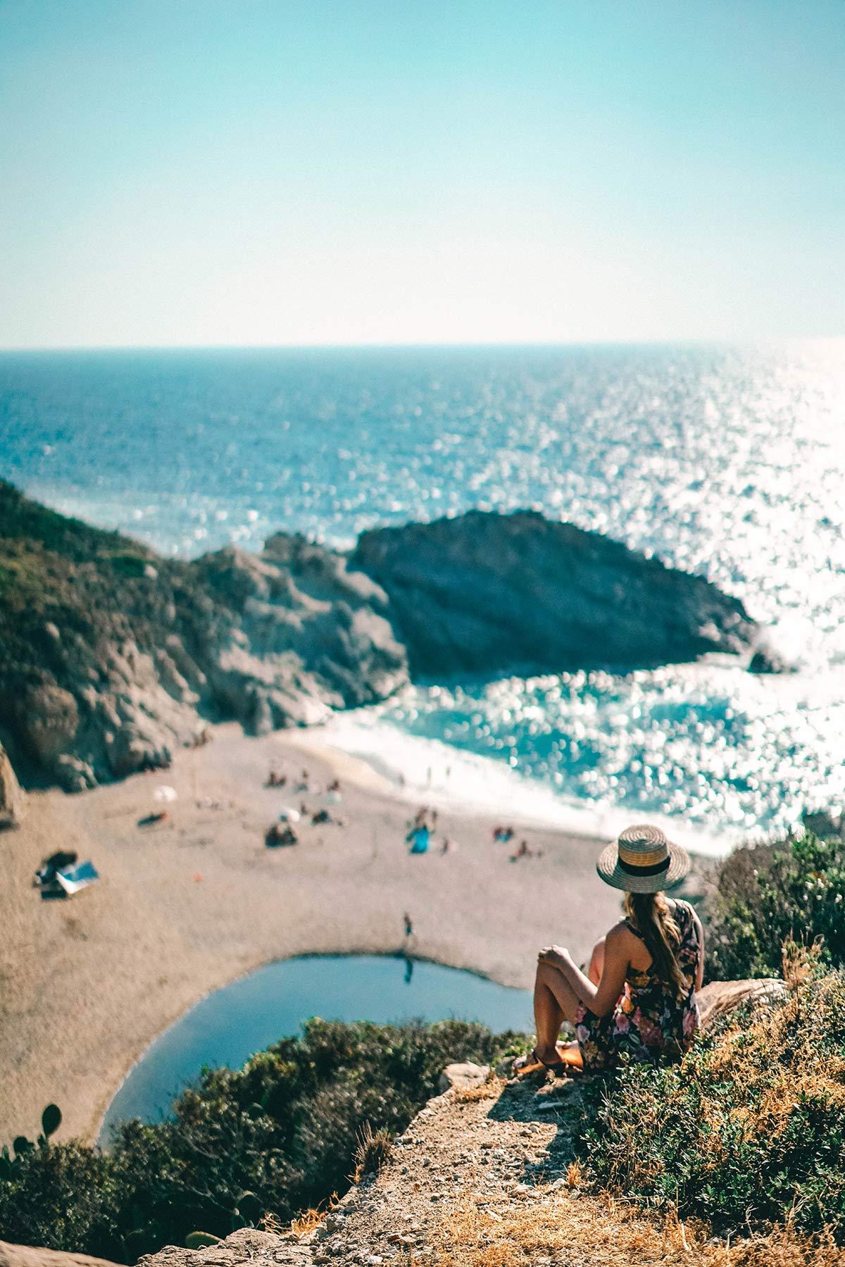 Strand von Artemis in Nas