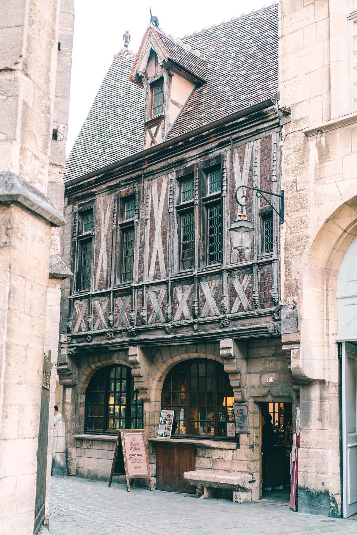 Altes Fachwerkhaus in Dijon