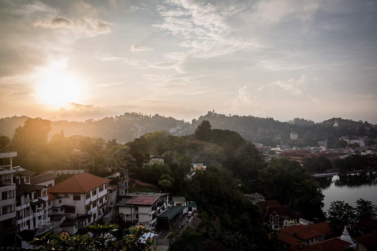 Blick auf Kandy in Sri Lanka