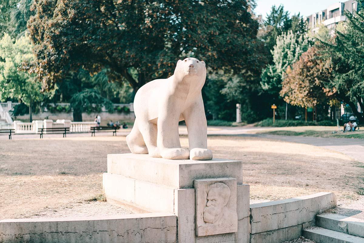 Dijons Eisbär