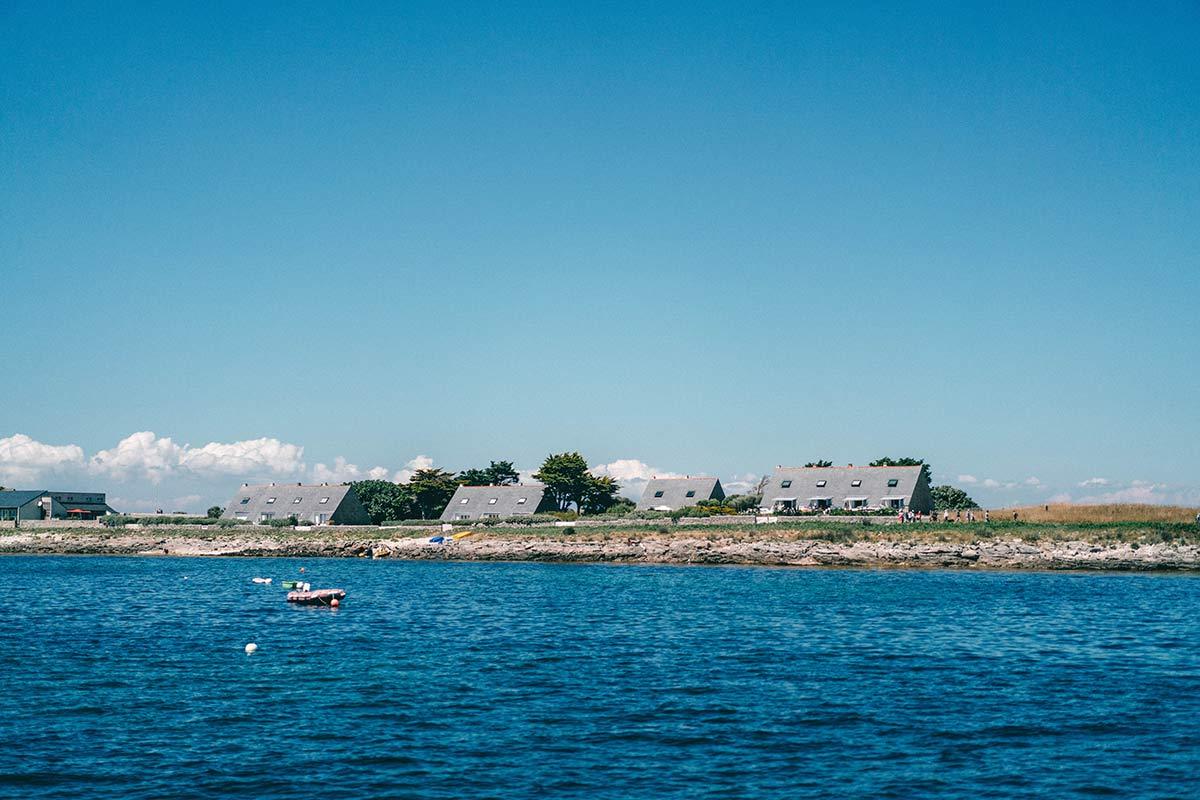 Häuser auf den Glènan Inseln