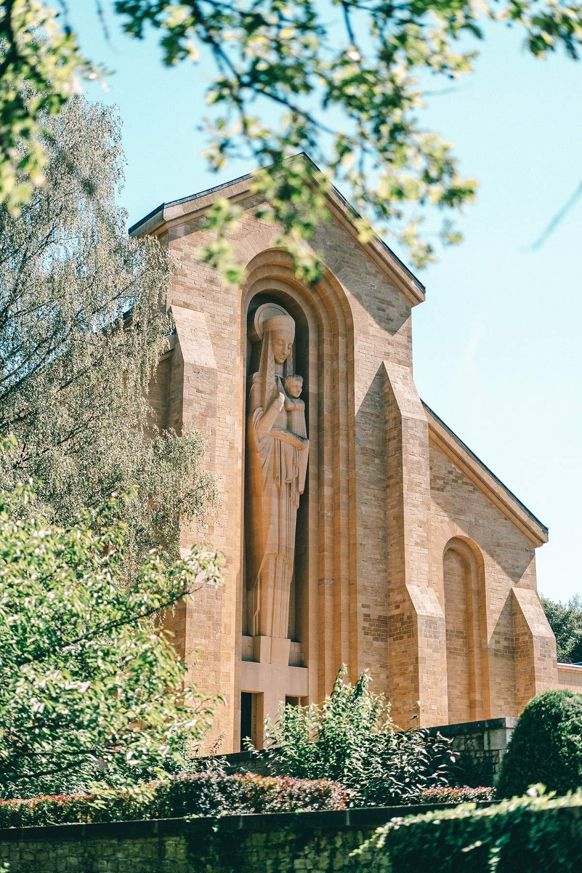 Kirche Abtei Oval