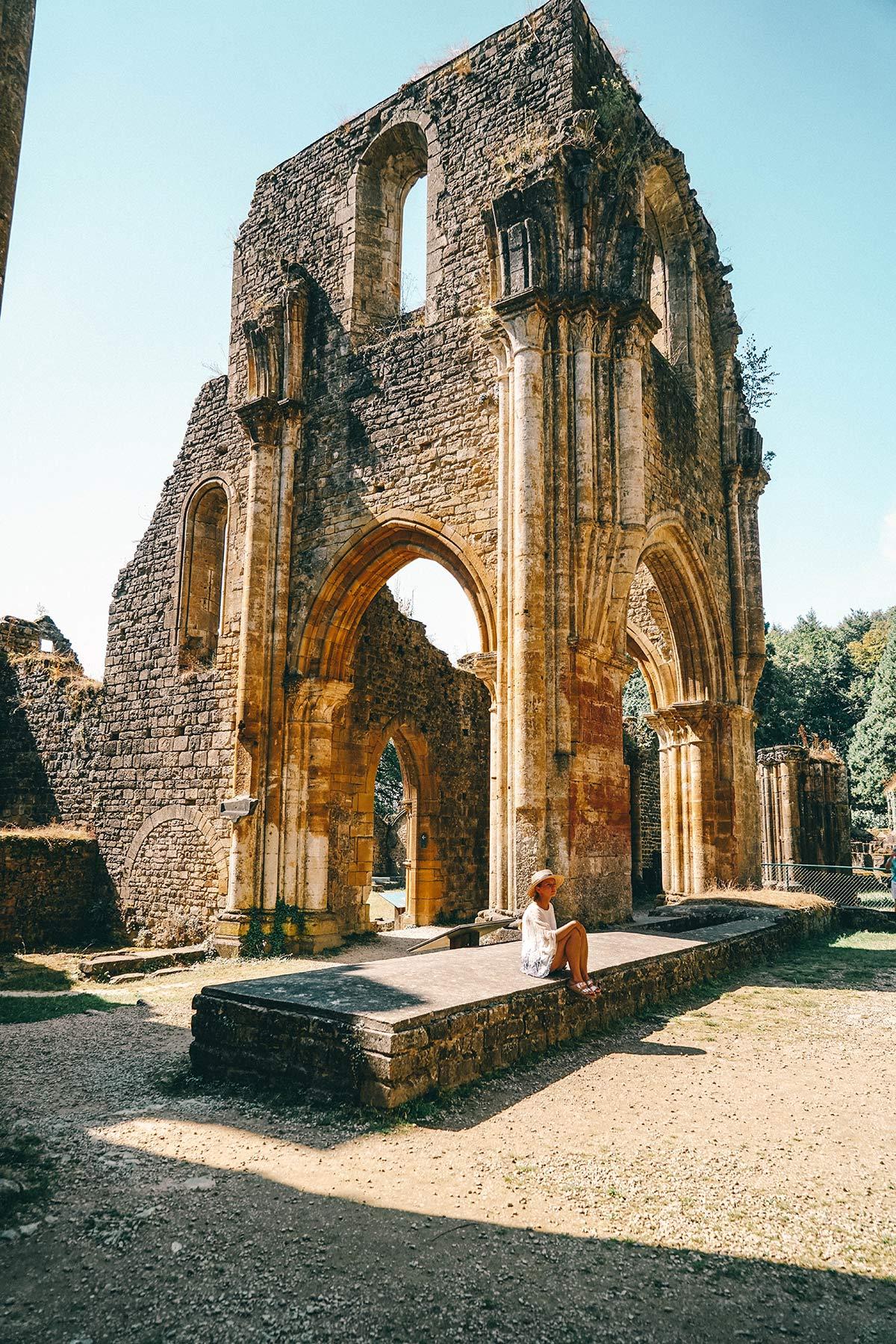 Ruine der Abtei Oval