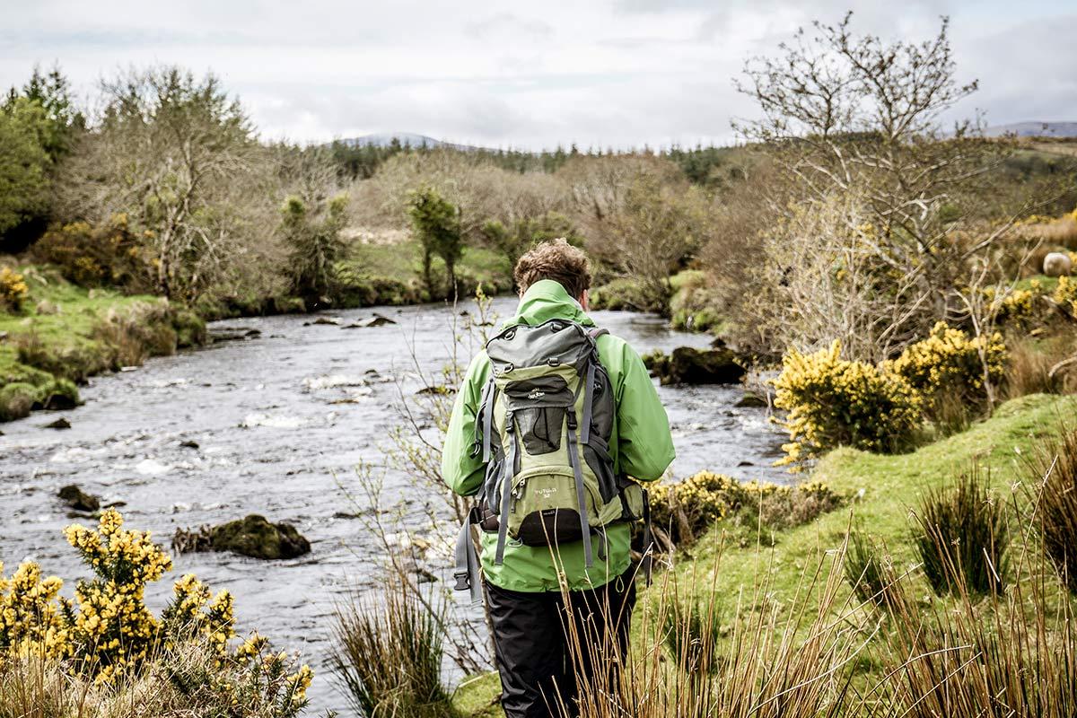 Irland Donegal Owenea River Weg