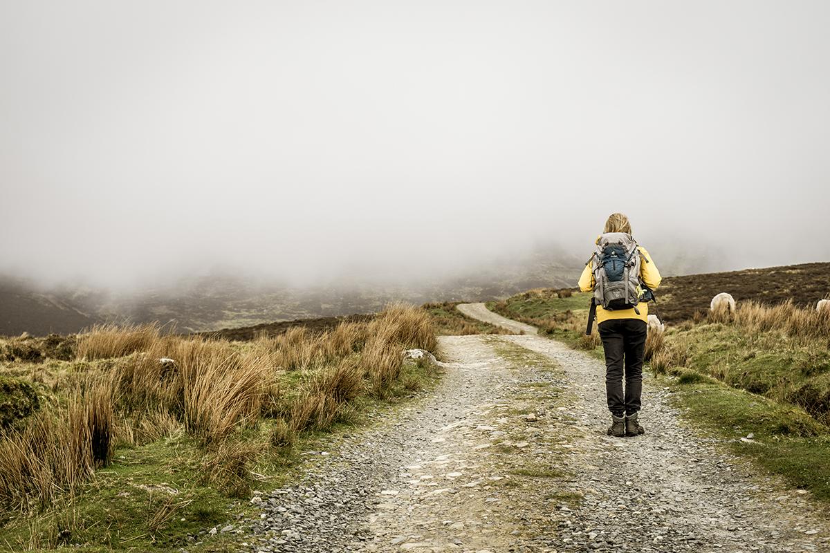 Irland Donegal Slieve Leage Klippen Nebelwand