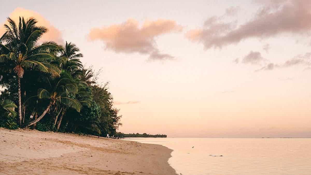 Rarotonga Sonnenuntergang am Strand