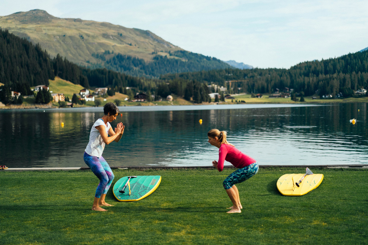 SUP Yoga am Davosersee