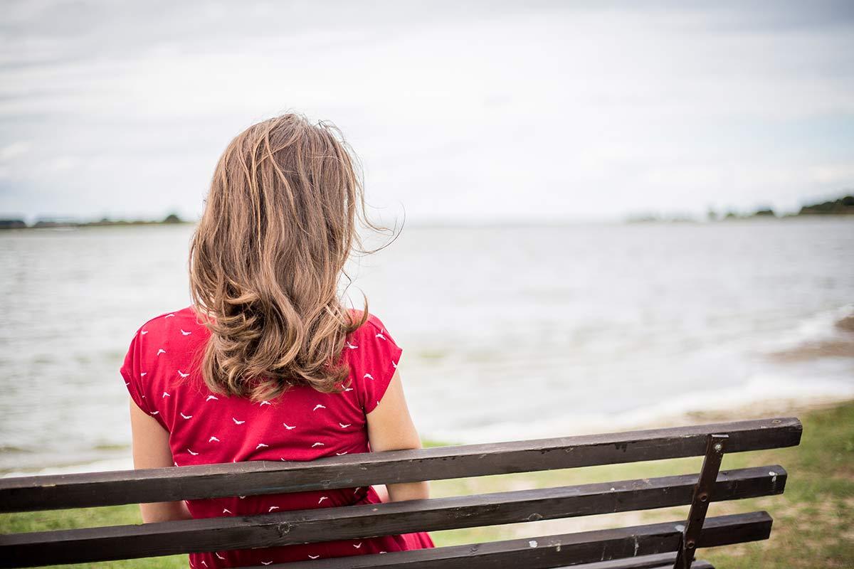 Blick auf den See vorm Nepperminer Fischpalast auf Usedom