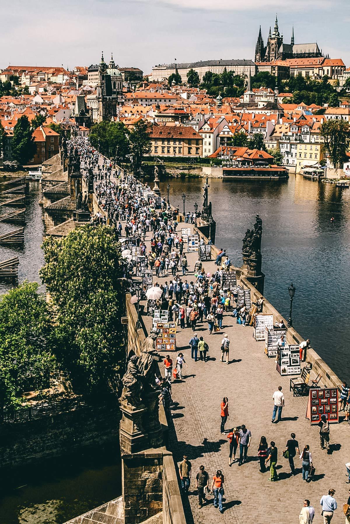 Prag Sehenswuerdigkeiten Karlsbruecke
