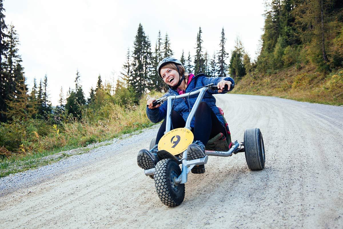 Rasante Abfahrt Mountain Go Kart