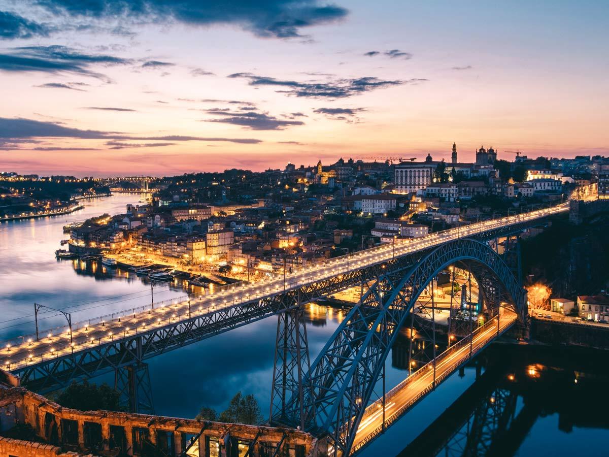 Blick auf die Ponte Dom Luis