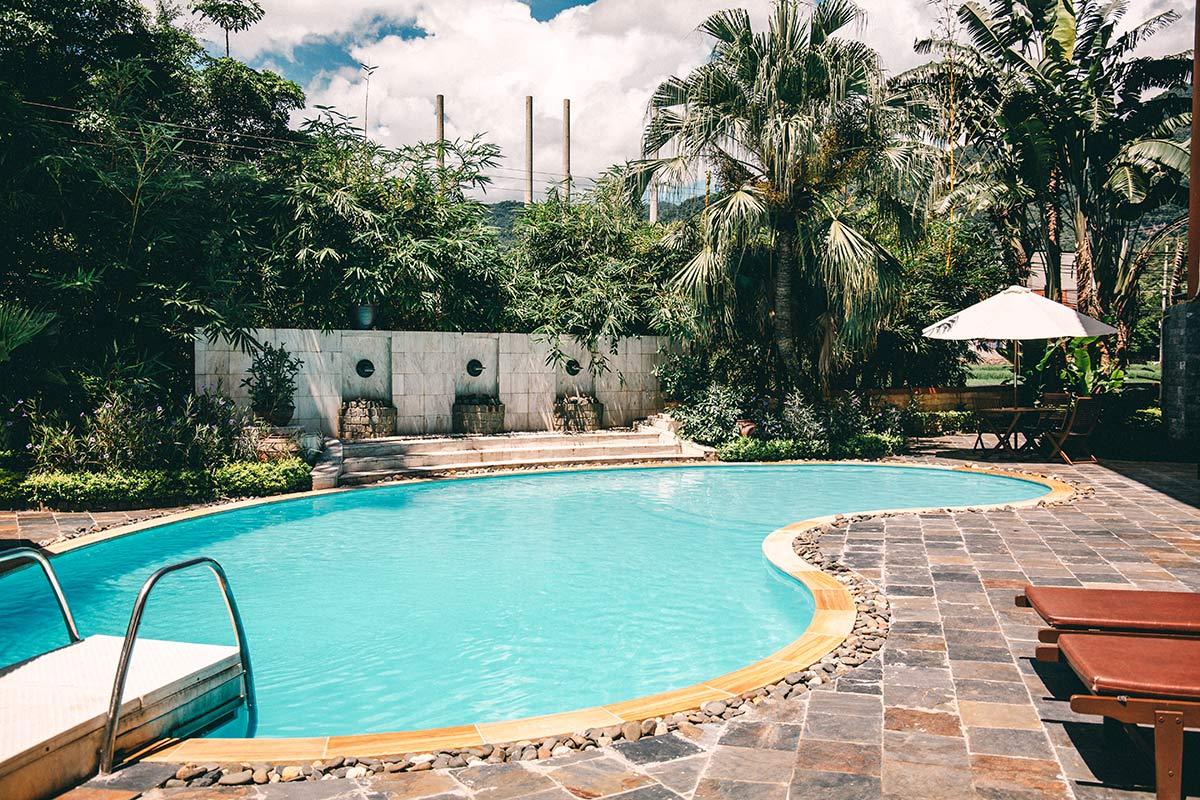 Pool in der Mai Chau Lodge