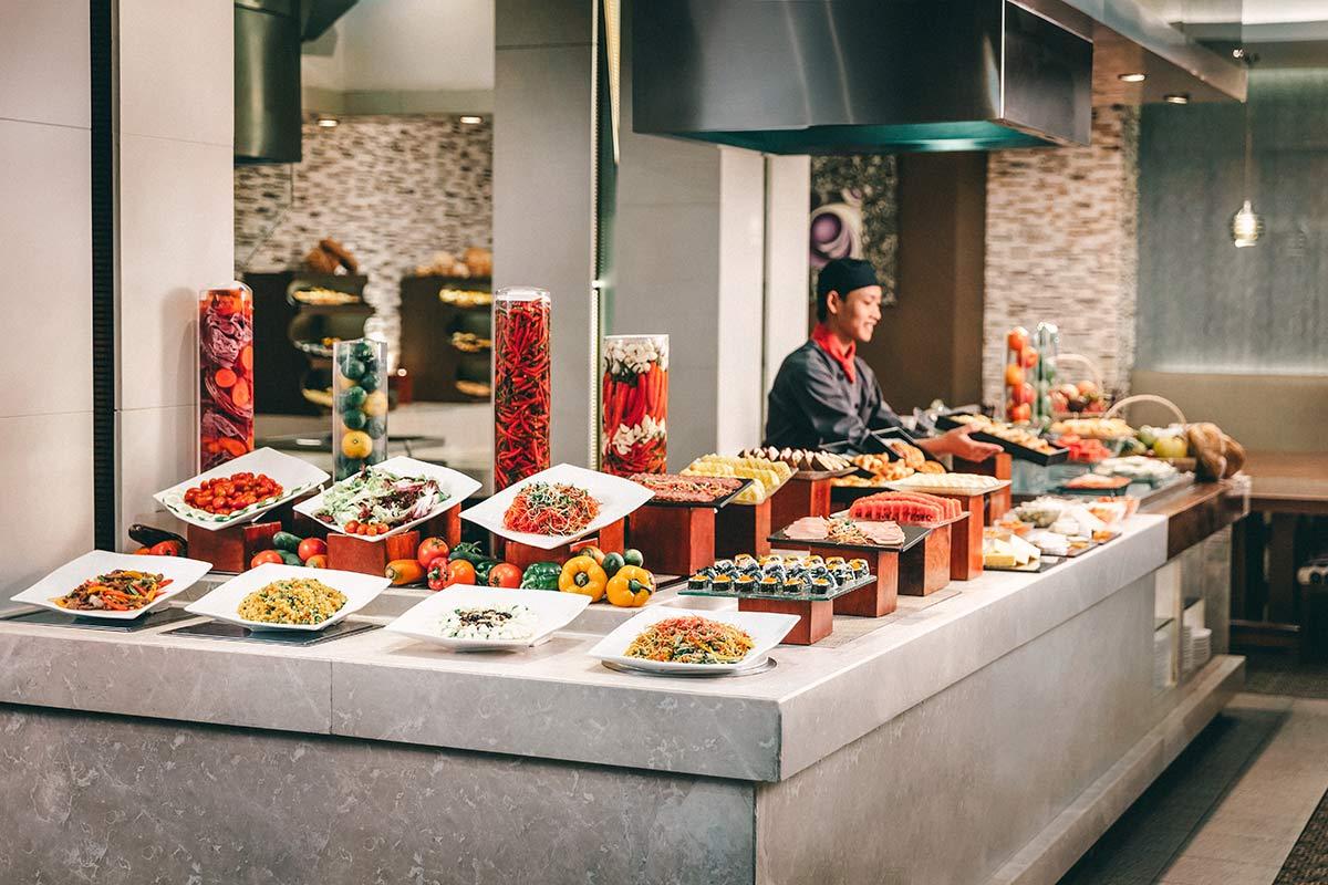 Buffet Moevenpick Hotel Hanoi