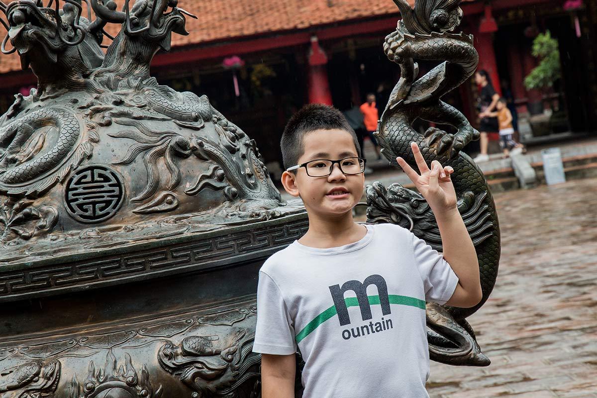 Fotosession im Literaturtempel Hanoi