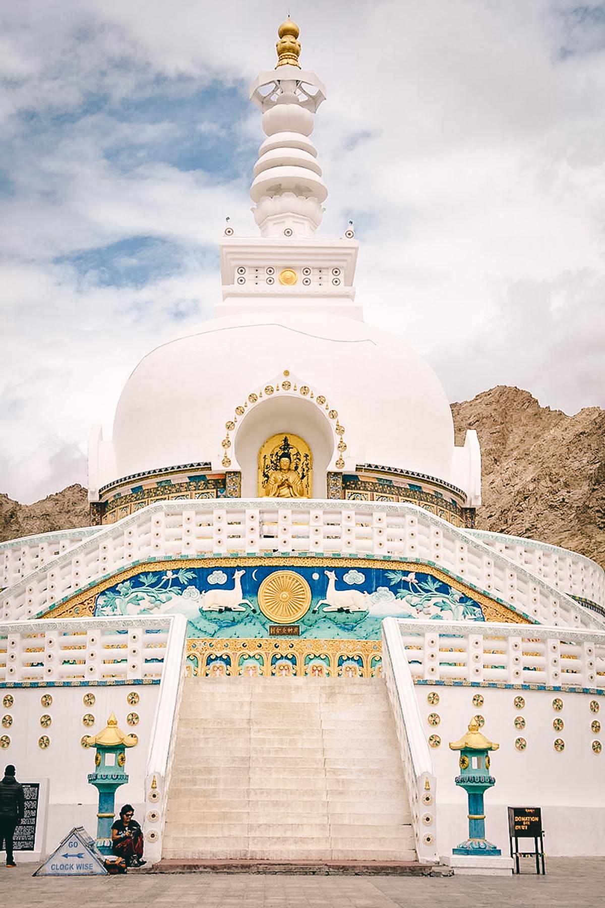 shanti stupa nahe leh