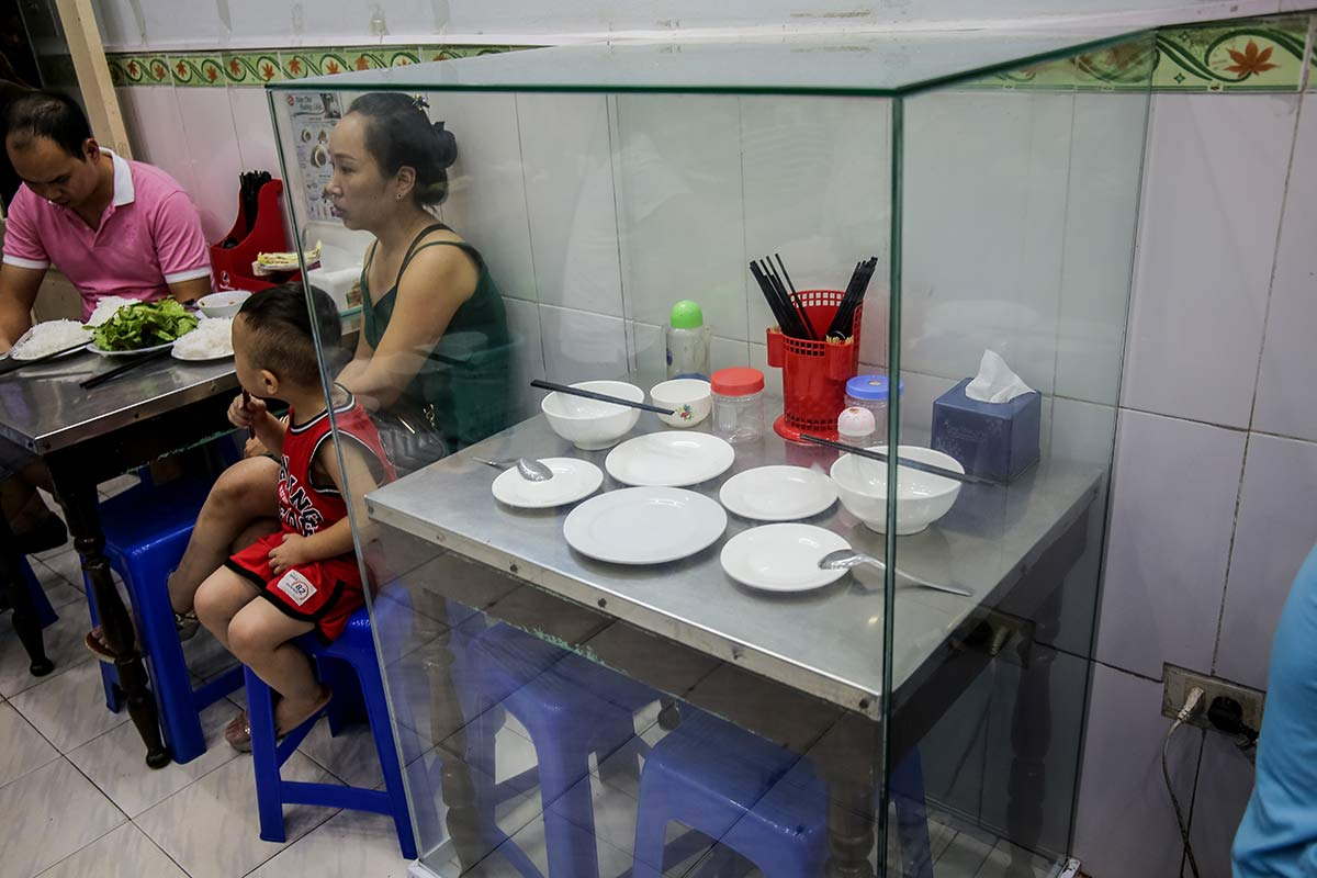 Tisch von Barack Obama und Anthony Bourdain im Bun Cha Huong Lien Restaurant