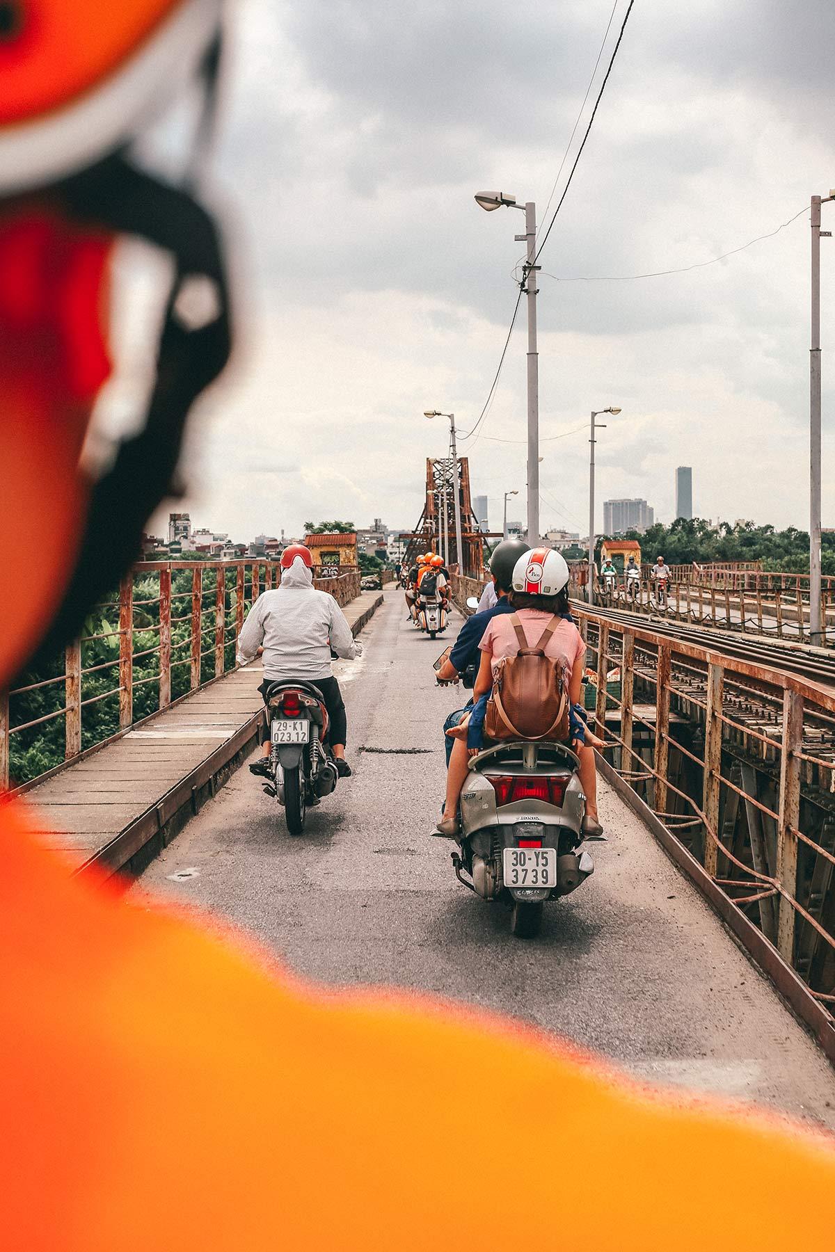 Vespa Tour durch Hanoi