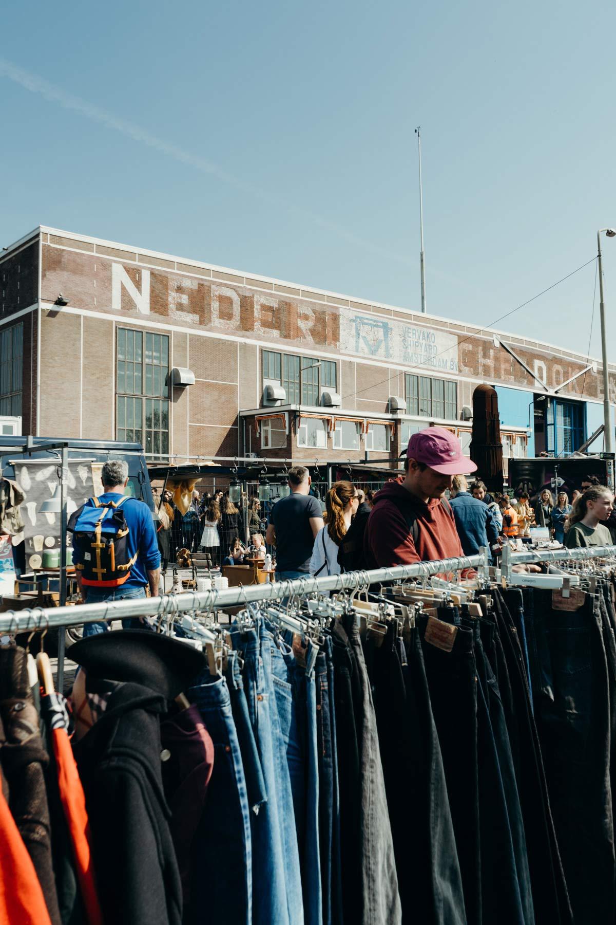 Flohmarkt IJ Hallen Amsterdam