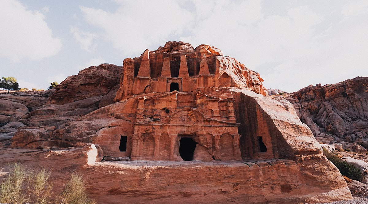 Petra Felsen Gebaeude Fassade