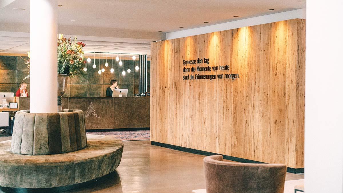 Eingangsbereich Hotel Forsthofgut