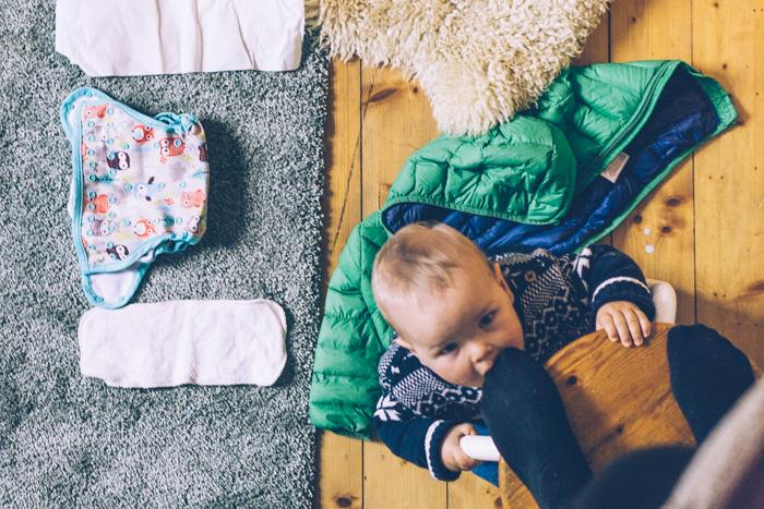 stoffwindeln wickeln mit baby