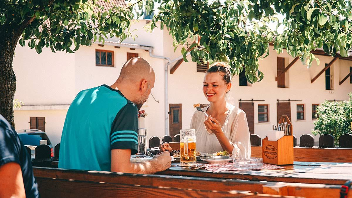 Wiesen Mittag Gasthof Hellmuth