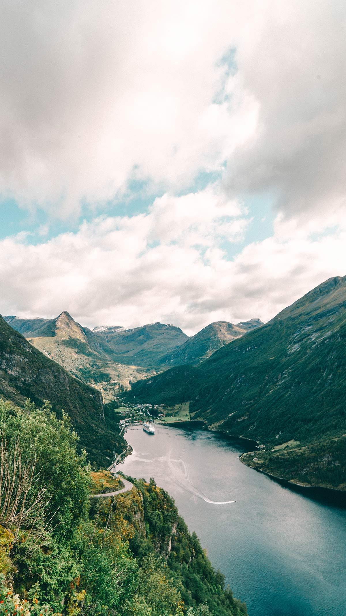 Aussichtspunkt Ornesvingen Geiranger