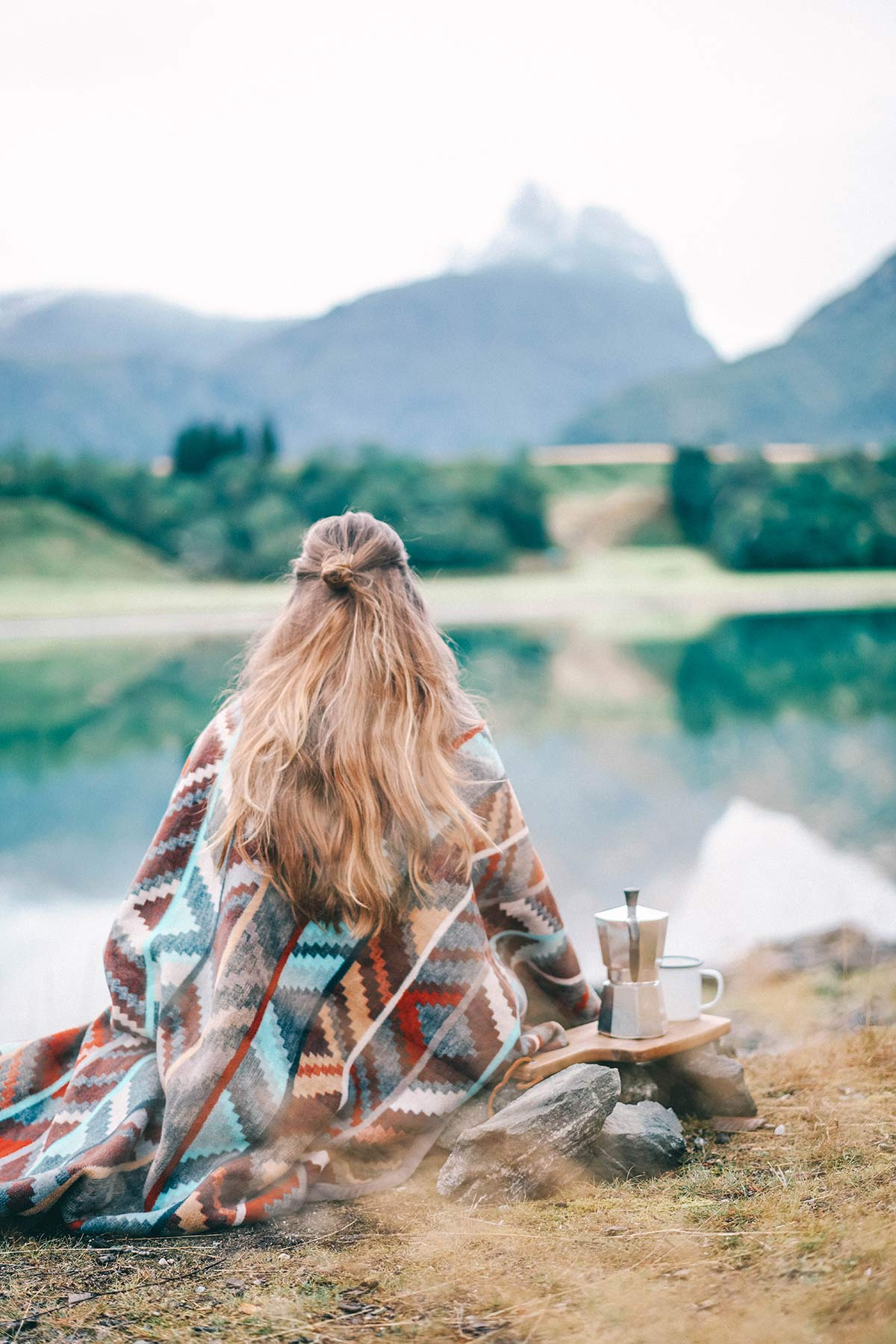 Kaffee am Flus Camping
