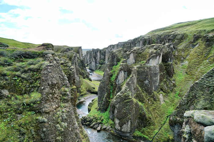 fjadhrargljufur island