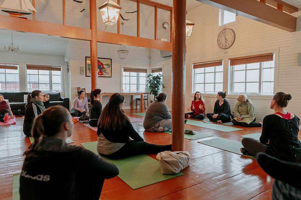 Yoga Retreat Lofoten im Winter